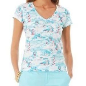 """Lilly Pulitzer """"XS"""" """"watch out"""" v neck"""